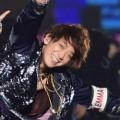 NEWS15周年ライブ、小山慶一郎の「うちわ数が少ない」!? 「なめんなよ」とファン激怒